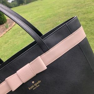kate spade Bags - Kate Spade Black Leather Large Tote Purse